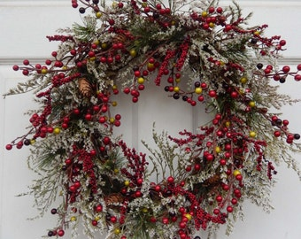 Winter Wreath , Christmas Wreath , Holiday Christmas Wreath ,  Berries Wreath , Holiday Door Wreath