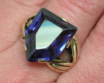 Alexandrite Ring, Mod Statement, 1960s June Birthstone. Retro Design. Size 7 1/2