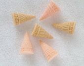 6pcs ((LAST)) Large Ice Cream Cone Decoden Cabochon (31mmx18mm dia) IC10008