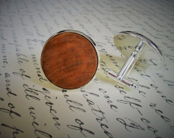 REAL WOOD CUFFLINKS / Rustic Wedding / Country Wedding / Groomsmen Gift / Carpenter Gift / Choice of Color / Unique Gift / Wooden Cuff Links