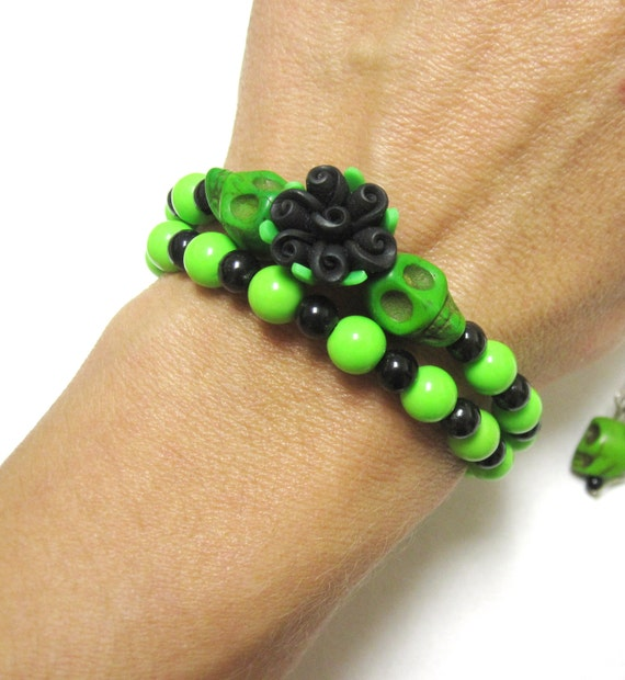 Sugar skull bracelet earring set day of the dead green for Day of the dead body jewelry