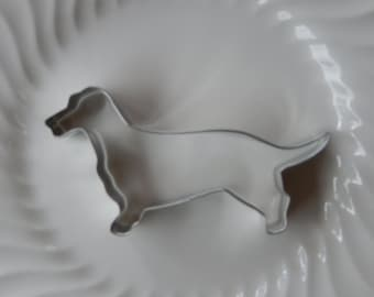 "Dachshund Dog Cookie Cutter - 5 1/2"" Metal Cutter Made in the USA - For Cookies - Dog Biscuits - Fudge - Brownies - Crafts - Playdough"