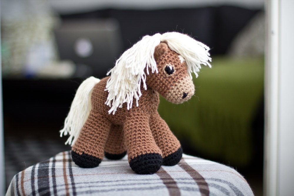 Free Crochet Pattern For Horse : Sally the amigurumi pony PATTERN / Horse Pattern / Amigurumi