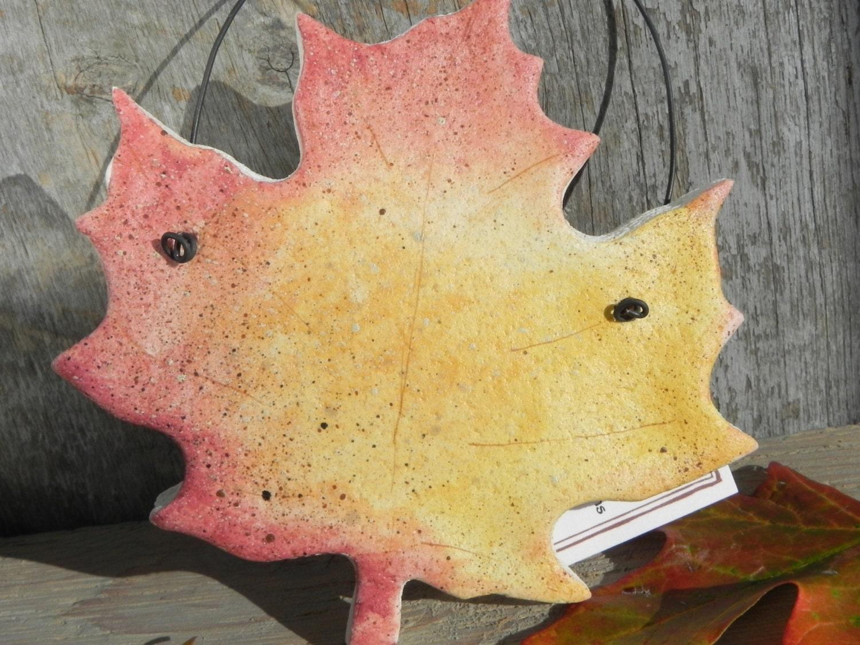 Gelbe und rote Herbst Blatt Salzteig Ornament  Autumn Leaves