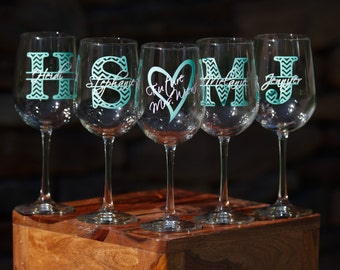 3 bridesmaid wine glasses, Chevron monogram glass, monogram and name.  Christmas gift idea, Bridesmaid gift idea, Maid of Honor gift