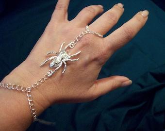 Silver metal spider slave bracelet vintage 1980s