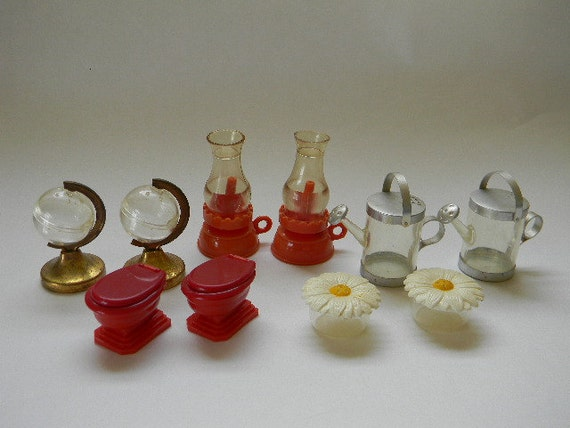 Shakers 5 Sets Of Novelty Salt And Pepper Shakers