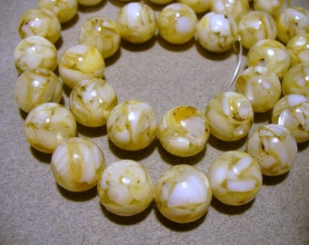 Mother of Pearl & Resin  Beads Clear Round 12MM