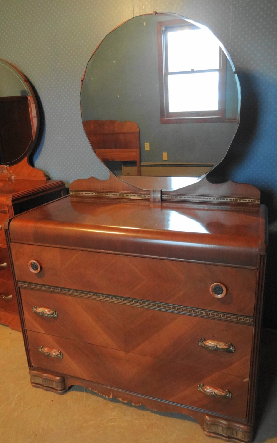 Antique Art Deco Waterfall Dresser With Mirror And Bakelite