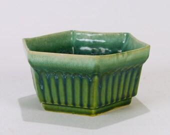 Roseville Pottery Hexagonal Green Planter