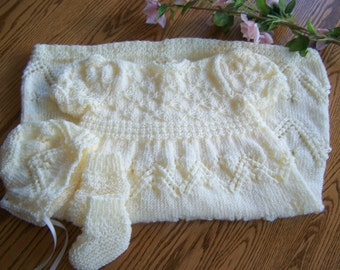 New Knit CREAM Christening Gown and Bonnet Set 3-6 months