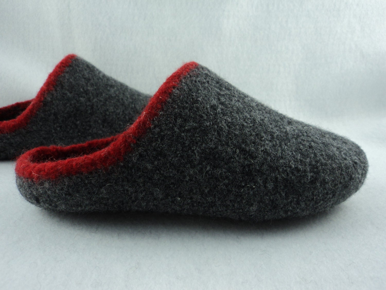Mens Slippers Knitting Pattern : PDF Mens Scuff Slippers Felted Wool Knitting Pattern