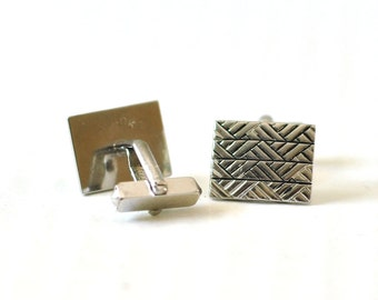 Vintage Cuff Links Cufflinks Gift for Dad Father Man Silver Tone w/ Black Rectangular Modern Geometric Gift for Dapper Man Under 20 Dollars