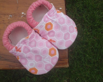 Baby Girl Shoes with Pink Honeycomb and Bee Print - Custom Sizes 0-3 3-6 6-12 12-18 18-24 months