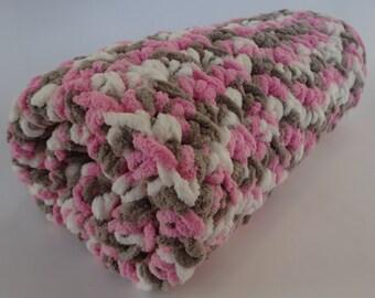 Crochet Cat Mat/Blanket- NEOPOLITAN