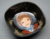 pottery bowl with a hand painted boy looking like a young mick jagger Bleinfelden Laudabel Leinfelden germany