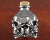 Skull Bottle - White Bronze Three Skull Bottle
