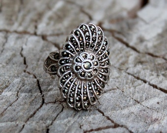 Vintage Oval Silver Marcasite Ring