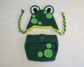 Baby Frog Crocheted Hat and Diaper Cover - Photo Prop - Available in Newborn to 24 Months Size - Any Color Combination