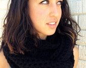 Crochet Black Infinity Scarf // Infinity Scarf // Fall Winter Fashion // Unisex Scarf // Handmade Crochet