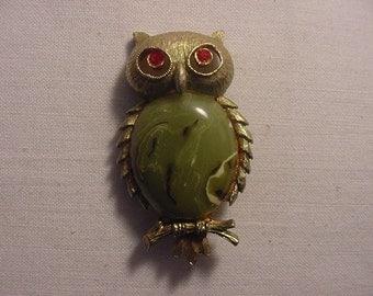Vintage  JJ Owl Brooch     697