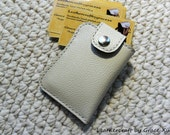 100% hand stitched handmade ivory white cowhide leather business card / credit card / ID / change pouch / case