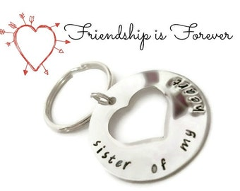 "Friendship gift ""sister of my heart"" keychain, like a sister gift, best friend jewelry, sister jewelry for friends"