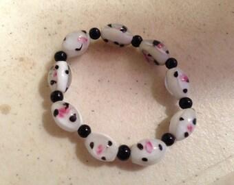Pink White & Black Bracelet - Beaded Jewelry - Stretch Jewellery - Fashion - Children