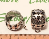 3 pcs per pack 24mm Round 17mm Width 18mm Diameter Flower cuts Heavy duty Bail 5mm loop Antique Silver Pewter
