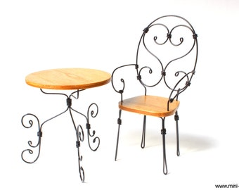 1/6 scale Table and Chair french bistro set for Fashion dolls (Blythe, Barbie, Pullip, Obitsu, BJD,  Momoko).