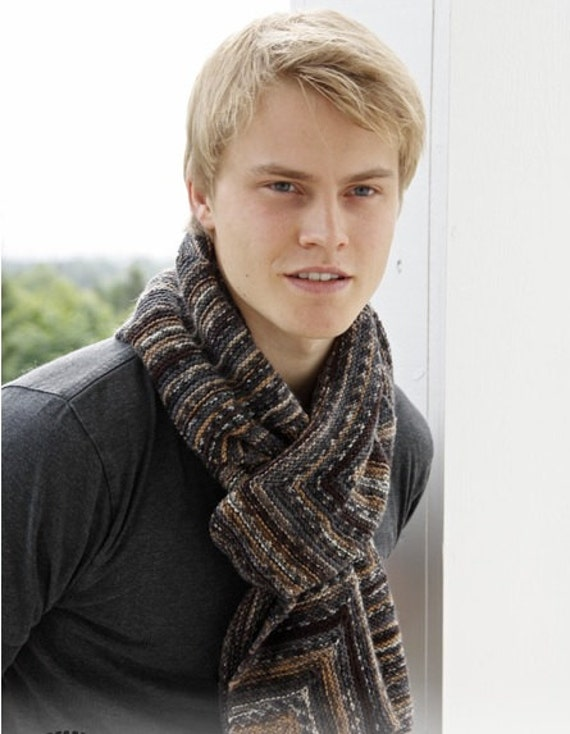 Вязаные шарфы спицами. вязание мужских шарфов. вязаные шарфы крючком. вязание детских шарфов. вязаные комплекты с