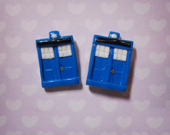 Tardis Earrings - Doctor Who - Individually Hand sculpted