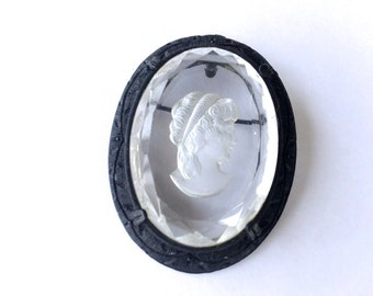 Crystal Glass Cameo Brooch Pendant Romantic Retro Antique Jewelry Pin