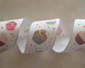 Cup Cake Ribbon Wire-Edged Grosgrain Ribbon, Gift Wrapping, Crafting, 1.5 inches wide, 3 yards / 2.7 M