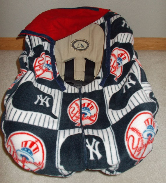yankees infant baby baseball car seat cover red by tejakids. Black Bedroom Furniture Sets. Home Design Ideas