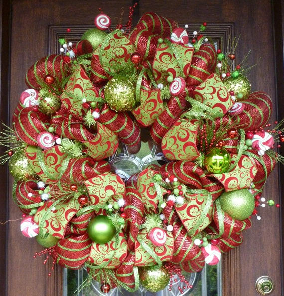 Deluxe deco mesh whimsical christmas wreath 25 by decoglitz How to decorate a wreath