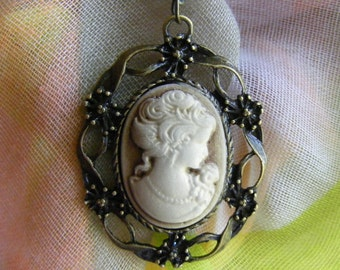 Gold dust Victorian Lady Cameo Pendant Necklace Antiqued Goldtone Ornate Floral Filigree Setting Grandma's Jewelry Box Retro Vintage