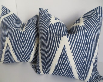 Chevron Pillows,Pillow Covers,Blue And White Pillows, Zig Zag Pillow, Decorative Pillow Covers, Ikat Pillow