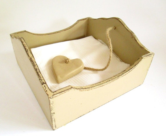 how to make a heart shaped box out of wood