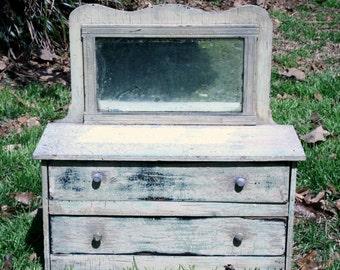 HUGE Vintage Doll Dresser/Salesman's Sample CUTE!!!!