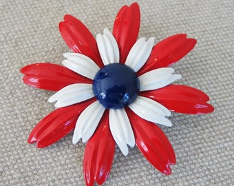 Vintage 1970s Red White and Blue Flower Power Pin