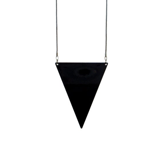 Triangle Pendant Necklace - Black