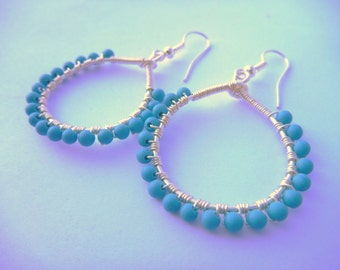 Turquoise howlite beaded wire wrapped hoop earrings - silver