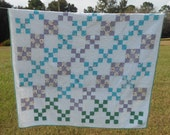 Quilt Vintage 9 Patch / Irish Chain Combo Quilt 40R