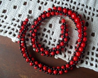 1950's German made Black and Red Glass Bead Neclace