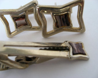 Vintage Cuff Links and Tie Bar Set