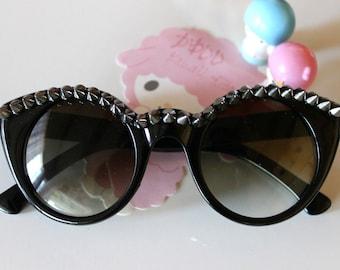 Gunmetal Studded Black Cat Eye Sunglasses.