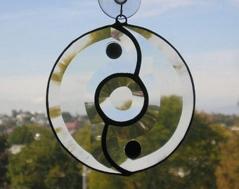 Yin Yang Suncatcher|Stained Glass|Beveled Glass|Glass Gems|Art & Collectibles|Glass Art|Suncatchers|Handcrafted|Made in USA