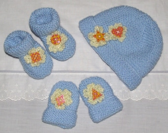 Hand knitted baby / reborn doll  Hat, Bootie and mitten set with croched flowers