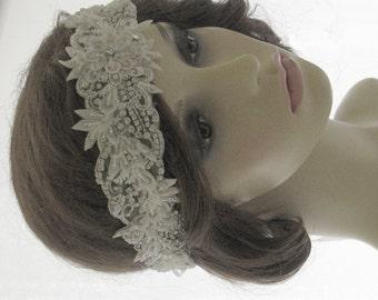 Vintage style bridal headpiece, wedding halo, forehead band - Adorable